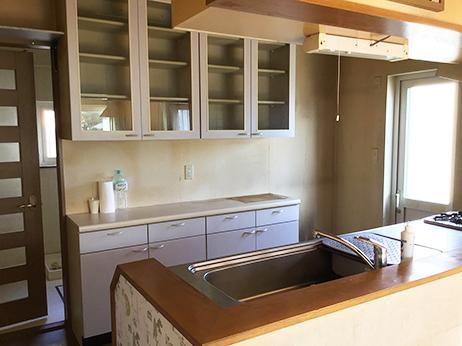 キッチン棚Before